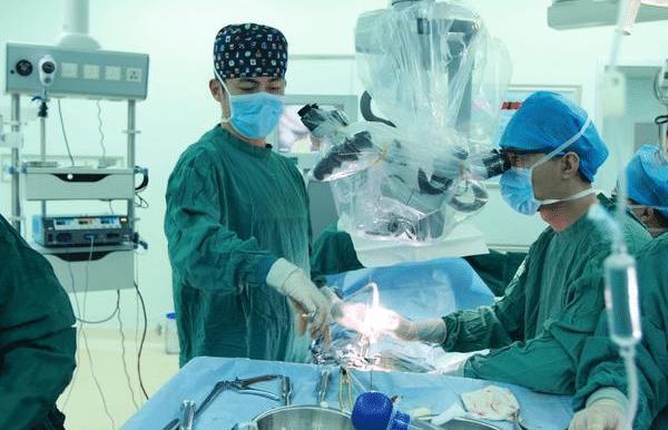 扁优网:小脑扁桃体下疝畸形的患者,都必须手术吗? 扁优网:小脑扁桃体下疝畸形的患者,都必须手术吗? 扁桃体相关问题
