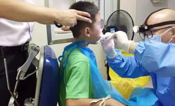关于扁桃体发炎肥大的那些事,切记:千万不能盲目切除扁桃体!