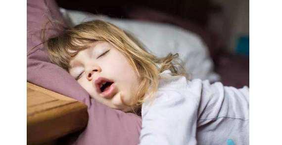 腺样体肥大睡觉姿势图,腺样体宝宝这样睡比较好! 腺样体肥大专题