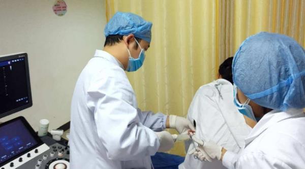 小儿鞘膜积液保守治疗