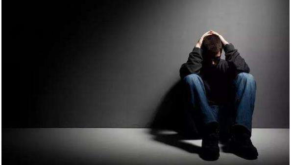 鞘膜积液对人体造成什么危害 鞘膜积液对人体造成什么危害,这4点男性需要注意了! 泌尿系健康栏目