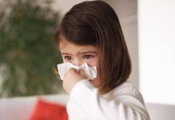 小孩鼻炎的最佳治疗方法 小孩鼻炎的最佳治疗方法,父母们看好了! 耳鼻喉健康栏目
