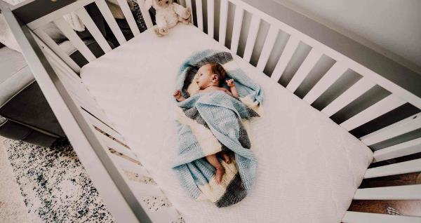 有鞘膜积液的宝宝有什么症状 有鞘膜积液的宝宝有什么症状?赶紧就医! 泌尿系健康栏目