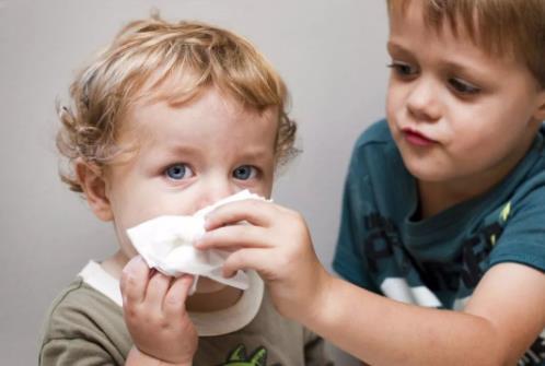 一个动作鼻炎自愈,看完你就会了 耳鼻喉健康栏目